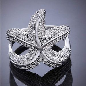 Pretty Starfish Ring